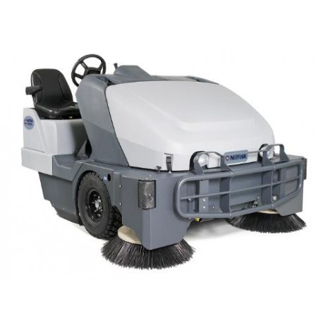 Nilfisk SW8000 165 D 4-CYL Ride-on Sweeper